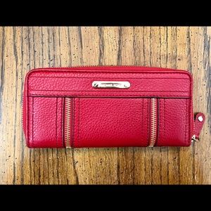 MICHAEL KORS MOXLEY RED LEATHER CONTINENTAL WALLET